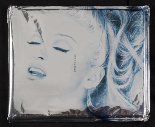 sex-book-signed-by-madonna-book-778--10517-p