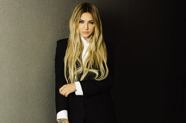Julia-Michaels-2017-cr-Catie-Laffoon-billboard-1548