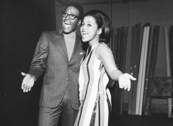 53-40563-marvin-gaye-and-tammi-terrell-1490887592
