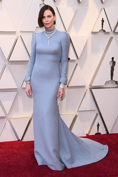 charlize-theron-blue-dress-oscars-a