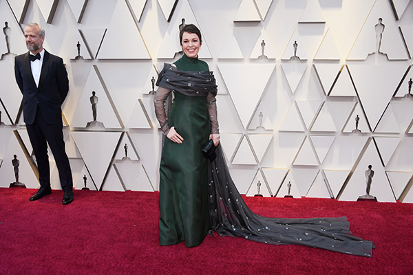 olivia-coleman-green-dress-oscars-a